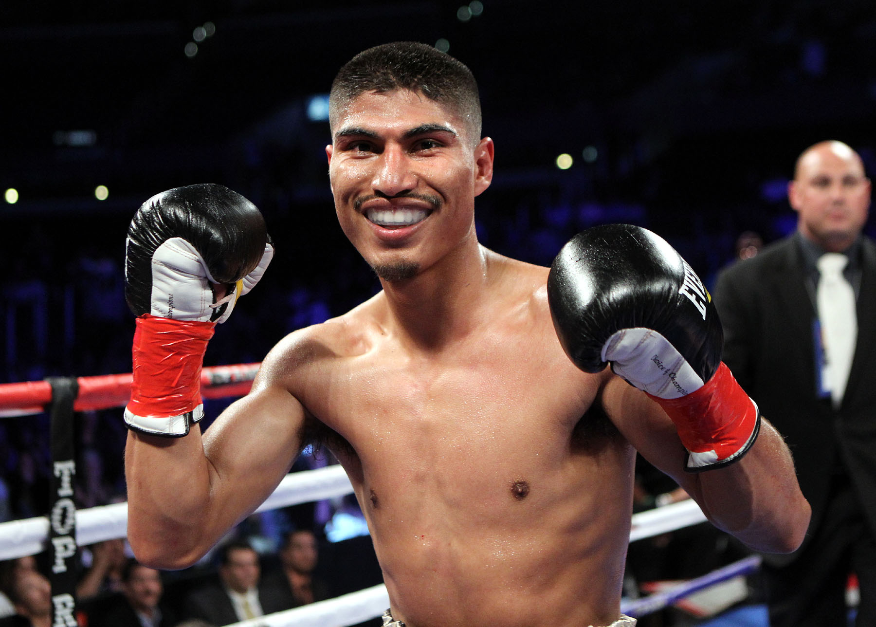 Mikey-Garcia-Chris-Farina-Top-Rank-Promo